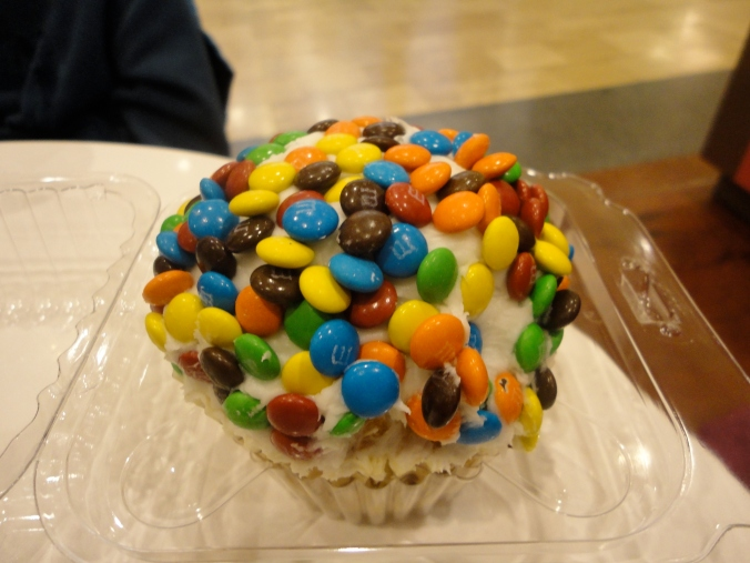 The cupcake we shared to tide us over.